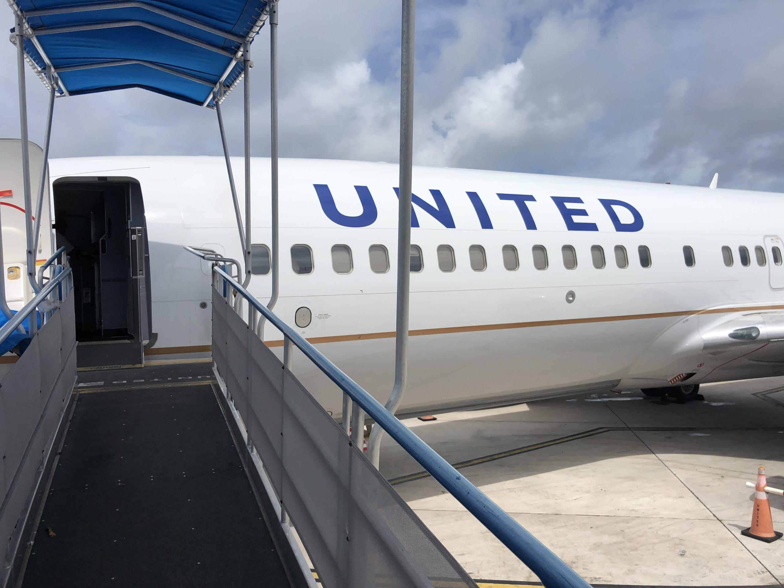 United Airlines Devalues Status Earning