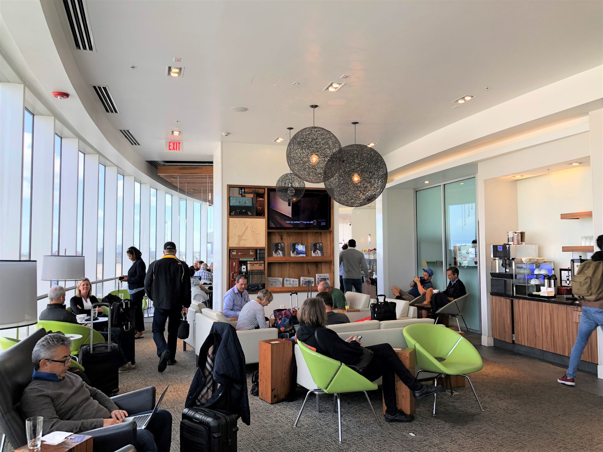 Amex Centurion Lounge Removing Free Guest Access