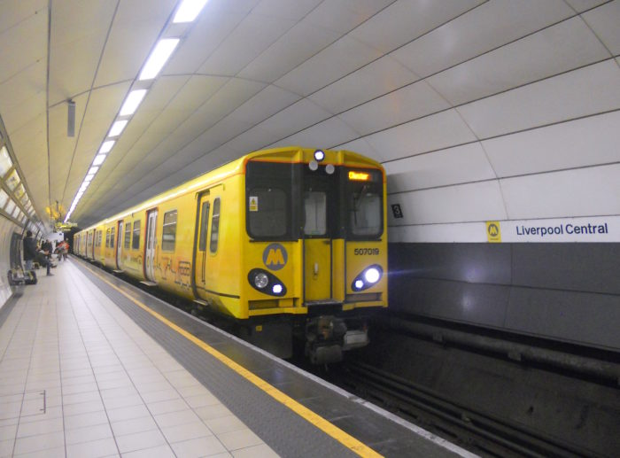Merseyrail Class 507 507019_Liverpool_Central