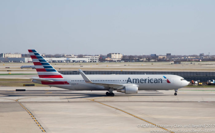 American Airlines Boeing 767-30)ER taxing at Chicago O'Hare International Airport - Image, Economy Class and Beyond