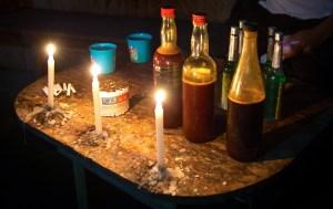 Les médecins péruviens ont recommandé que l'homme prenne un litre d'Ayahuasca en Russie pour continuer le traitement dans son pays d'origine