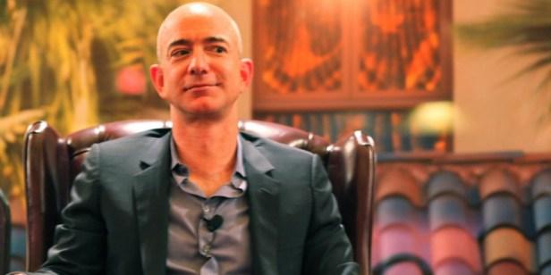 Huit personnes les plus riches du monde possèdent la fortune, dont le montant équivaut à l'argent de 3,6 milliards de personnes.