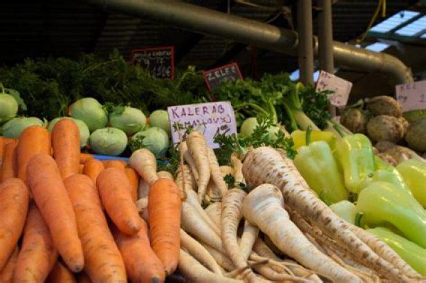 """""""Des inspections spéciales axées sur la recherche de l'origine des fruits et légumes frais ont révélé des fautes graves à cet égard"""""""
