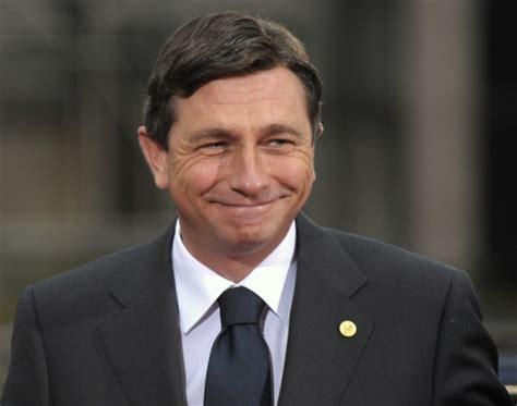 Le président slovène, selon ses registres de propriété, gagne 3 322 € par mois