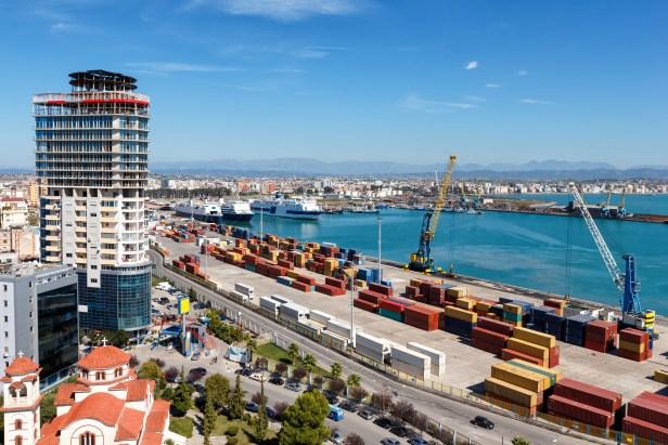 Les petites entreprises en Albanie profite du système pour échapper à la TVA