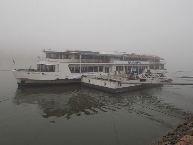 EURÓPA_(ship,_1959)._From_NW._Fog._-_Budapest