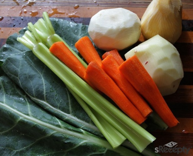 Un Tchèque consomme en moyenne 81 kilos de légumes par an, dont 54 kilos sont importés de l'étranger.