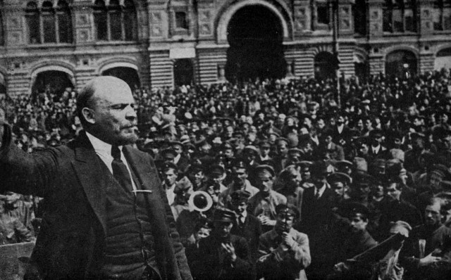 Lenin_speaking