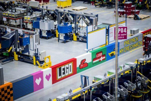 l'usine LEGO dans l'est de la Hongrie