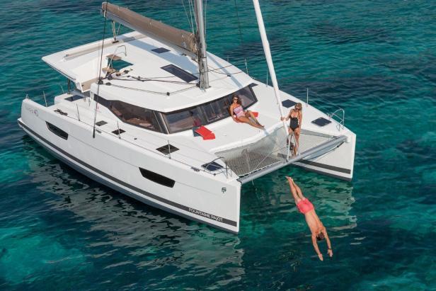 Catamaran-Lucia40_sailing-holidays-Croatia