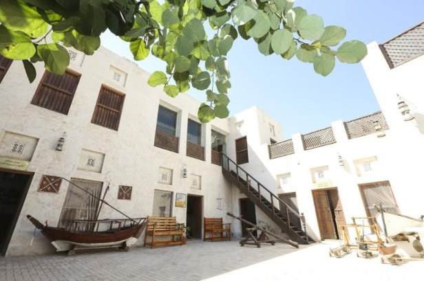 SRT / bild / Vereinigte Arabische Emirate: Zwischen Luxus und UrsprŸnglichkeit
