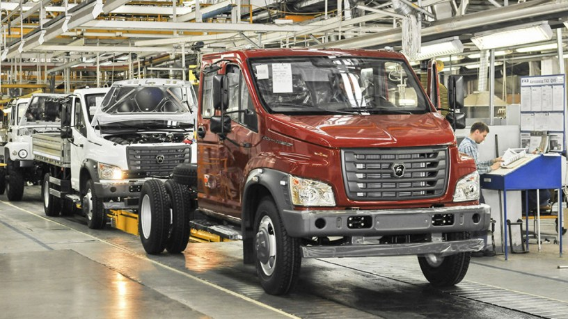 Le constructeur GAZ de Deripaska sollicite un prêt pour développer des projets à Cuba