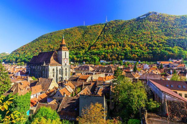 Brasov-Town-iStock-501904382-sorincolac-1500x1000