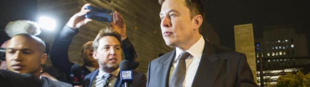 """Le patron de Tesla, Musk, a justifié sa déclaration comme une """"insulte générale"""". Il ne voulait pas vraiment appeler le plongeur un pédophile, juste un """"gars dégoûtant"""". Dans son Afrique du Sud natale, selon Musk, c'est une insulte courante."""