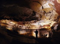 lascaux-cave-paintings--bayes-ahmed