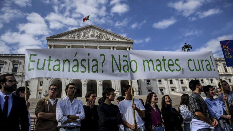 Portugal: loi sur l'euthanasie approuvée