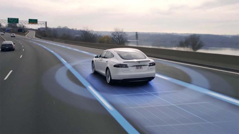 Tesla : vous avez 7 fois moins de chances d'avoir un accident avec l'Autopilot activé
