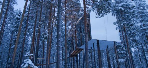 Swedish Treehotel-MirrorCube-Winter