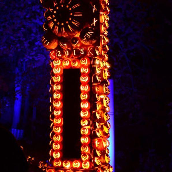 New York Hudson Historic Valley-Jack o Lantern Blaze-Grandfather clock - 678 x 1024