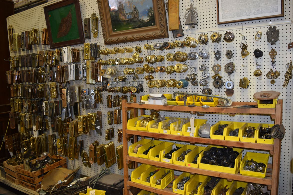 Huge selection of Antique and vintage hardware
