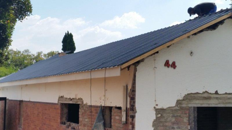 charcoal chromadek IBR Kliplok Roof sheeting