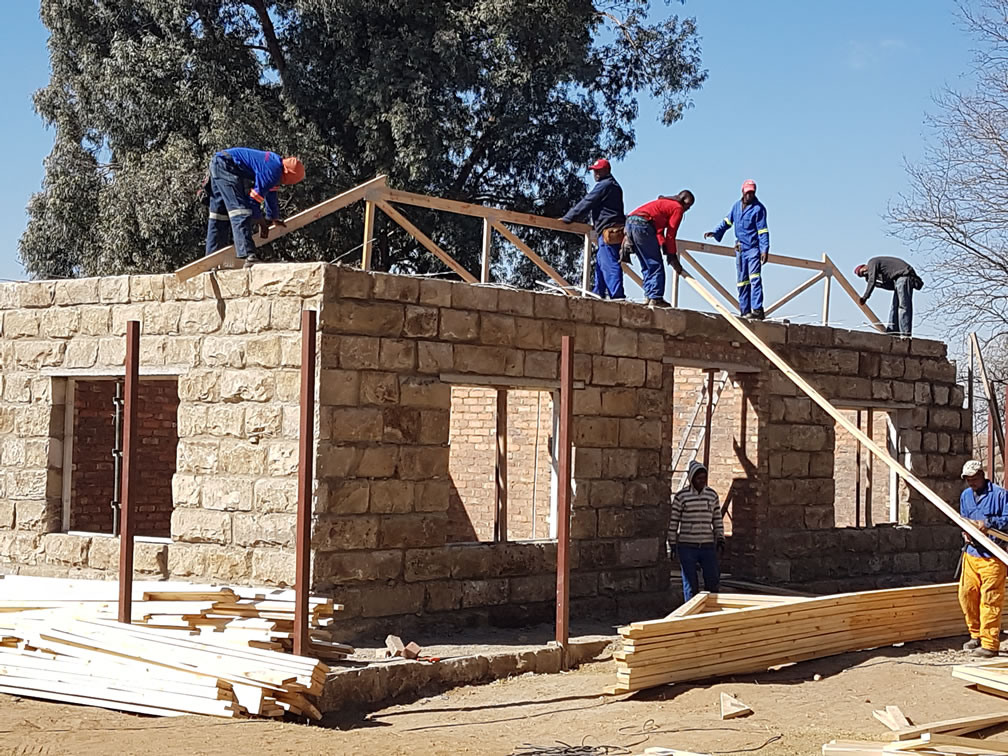 New timber roof erection
