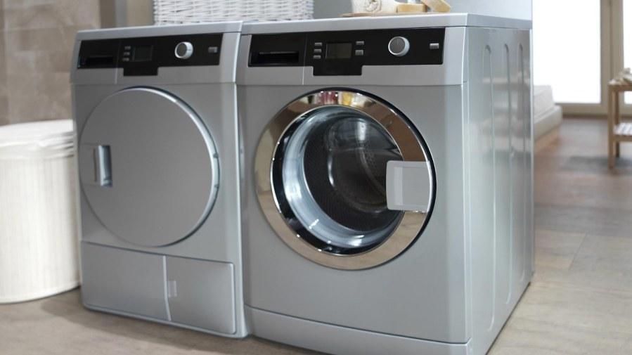 Eco Rubbish clearance - Furniture disposal - appliance recycling - printer disposal - mattress disposal - sofa disposal - laptop disposal - London - washing machine image