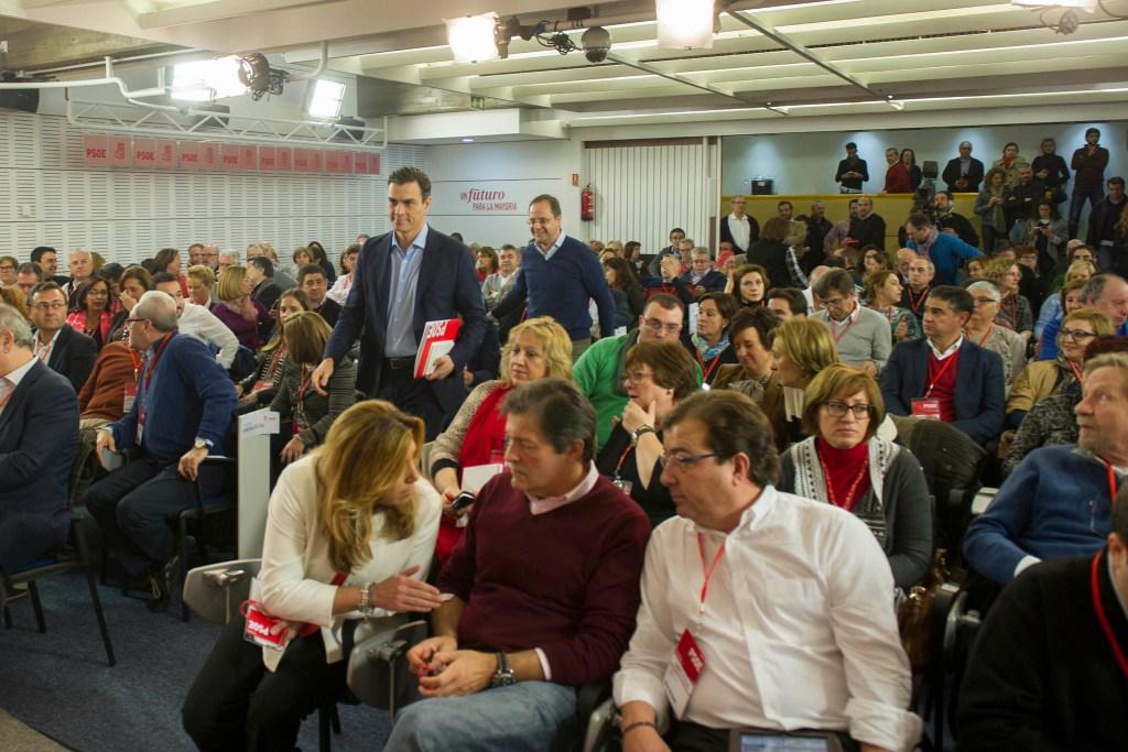 PSOE: debate entre notables
