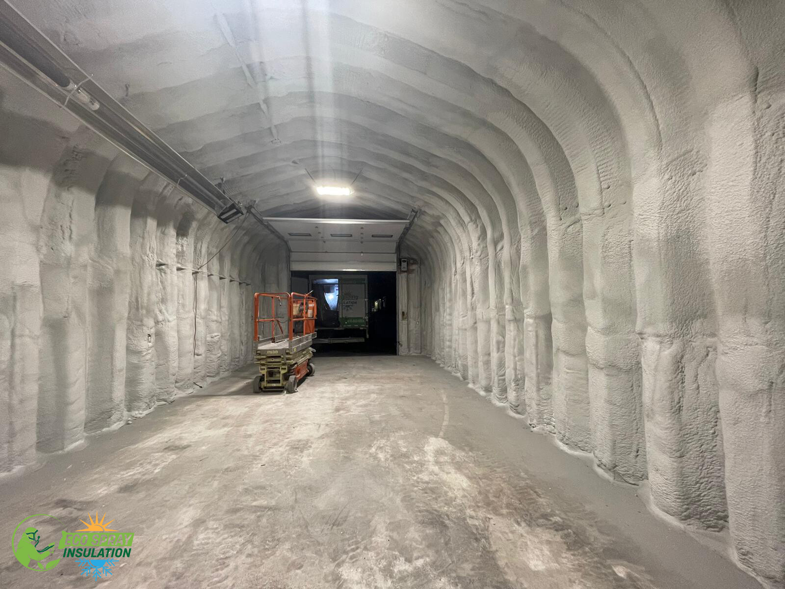 Commercial Spray Foam Insulation - Closed Cell