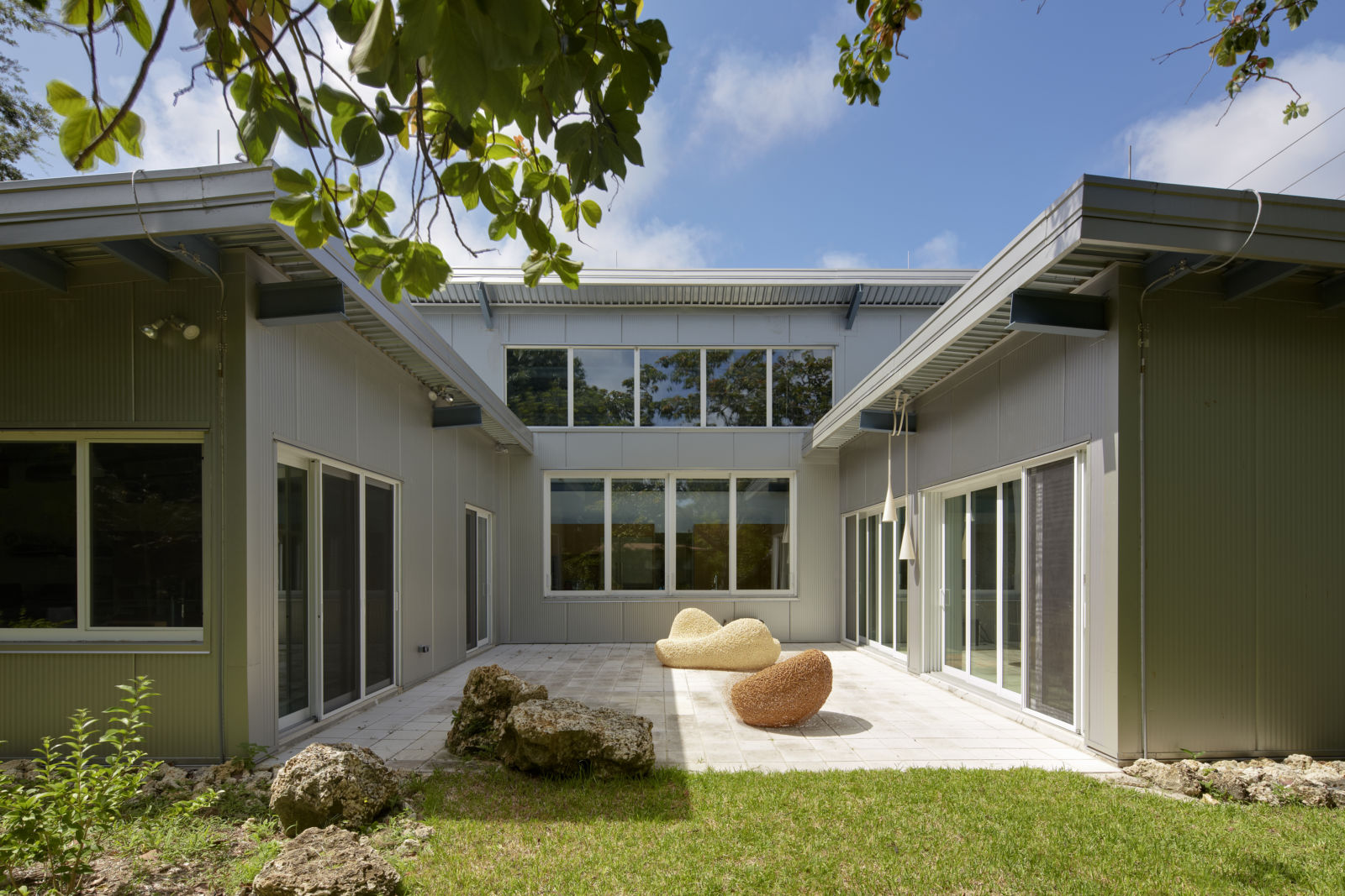 AIA Miami 113 EcoSteel Prefab Homes & Green Building