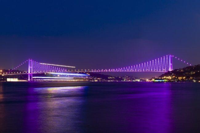 Bosphorus Bridge illuminated by LEDs