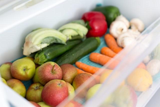Unpackaged, vegetables, zero waste, fridge drawer