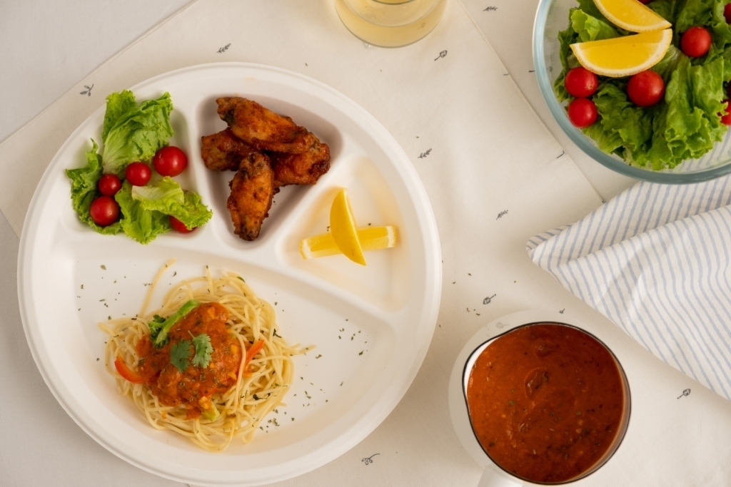 Biodegradable Tableware: The future is turning more eco-friendly!