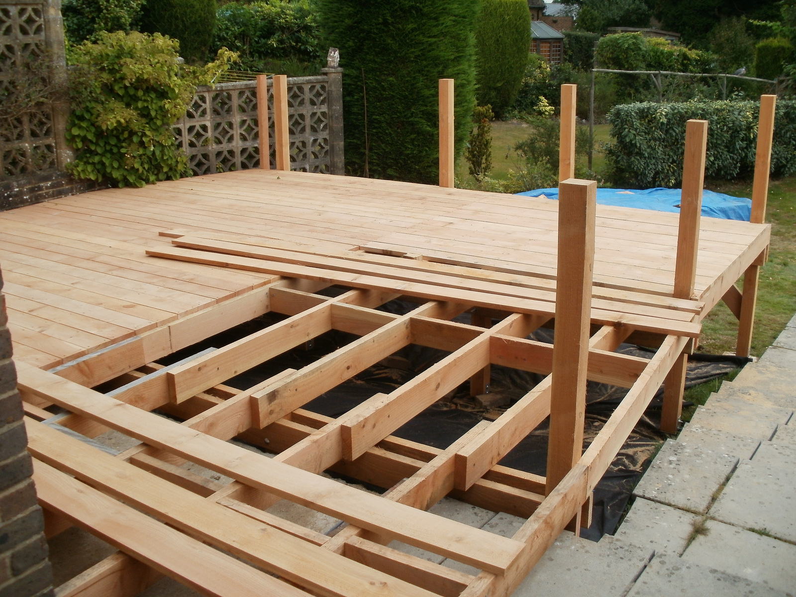 Larch Decking Uk