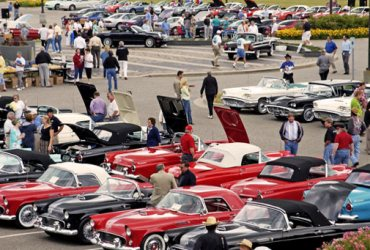 Thunderbird Reunion at Ford Headquarters Celebrates 55th Anniversary of Original T-Bird