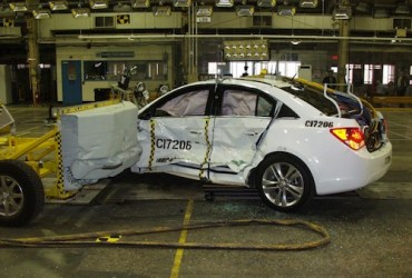 Safest 2013 cars: crash test results