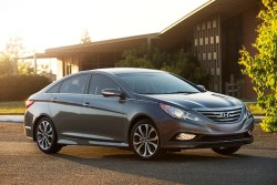 Best 2014 cars under $25,000: Hyundai Sonata mid-size sedan