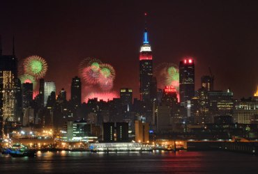 How to take better photos of fireworks