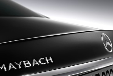 Mercedes-Benz re-launches Maybach super-luxury brand