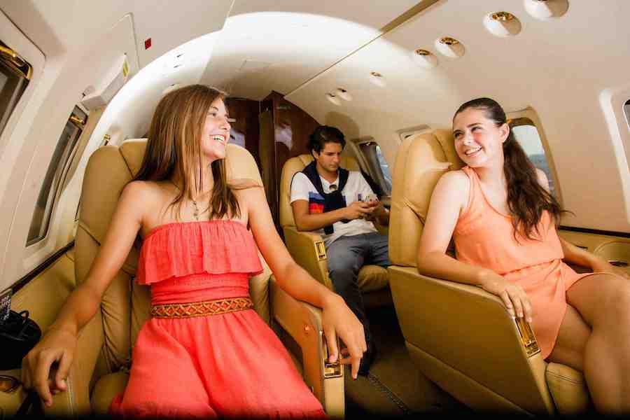 teens in jet