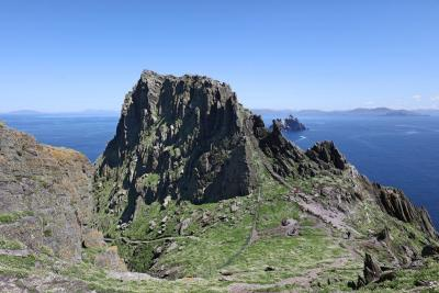 Skellig Michael scene of Star Wars The Last Jedi