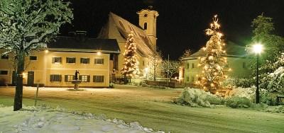 story behind Silent Night Christmas carol
