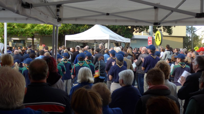 Image of the crowd, Balmain, Anzac Day 2015 - ecperkins.com.au
