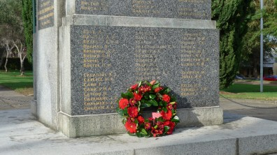 Image of the wreath at Pioneers Memorial Park Leichhardt, Anzac Day 2015 - ecperkins.com.au