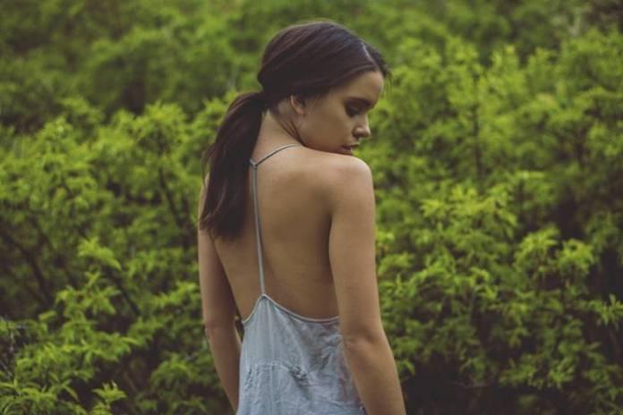 jenis Backless bra untuk backless dress