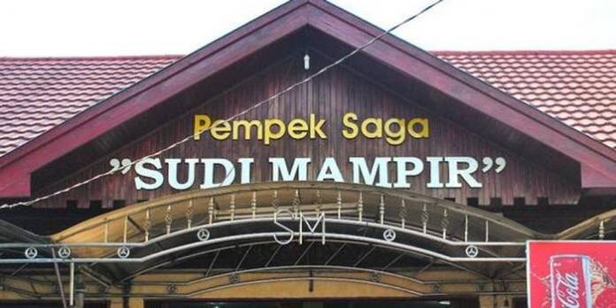 tempat makan pempek panggang saga sudi mampir