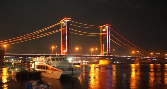 Fakta & Sejarah Jembatan Ampera
