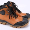 sepatu boot casual adventure pria RAI 204