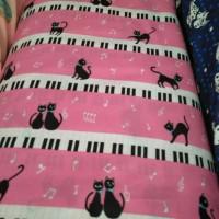 kain sprei (melody kitty pink STAR C11) meteran