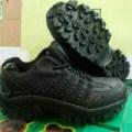 sepatu 5.11 cats low boots hitam